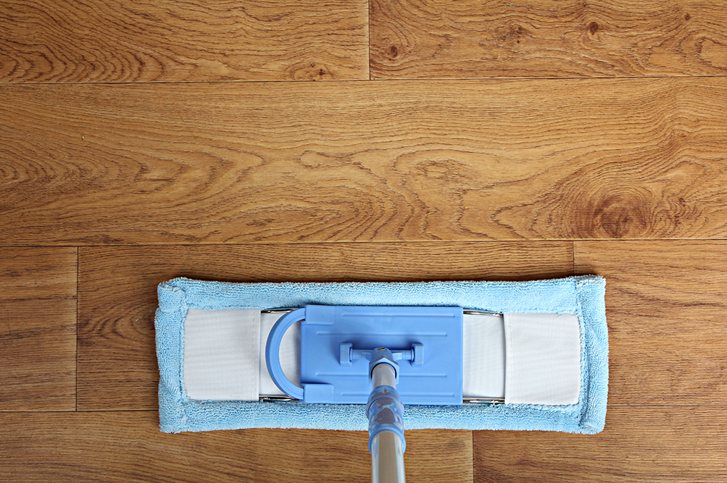 how to clean wood flooring mop