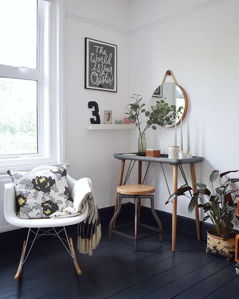 dark interior style flooring