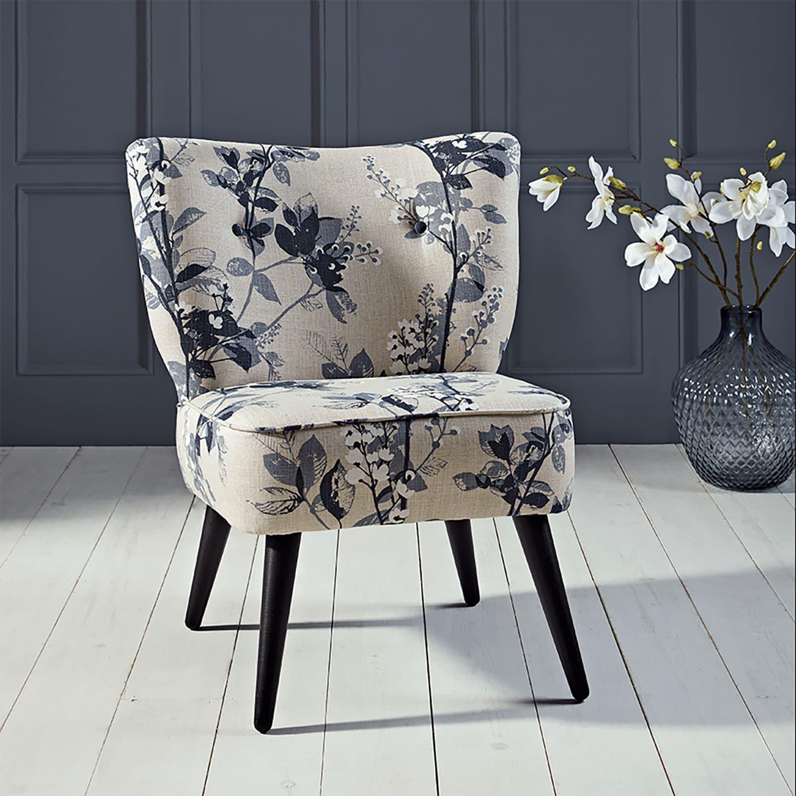 blommig stol