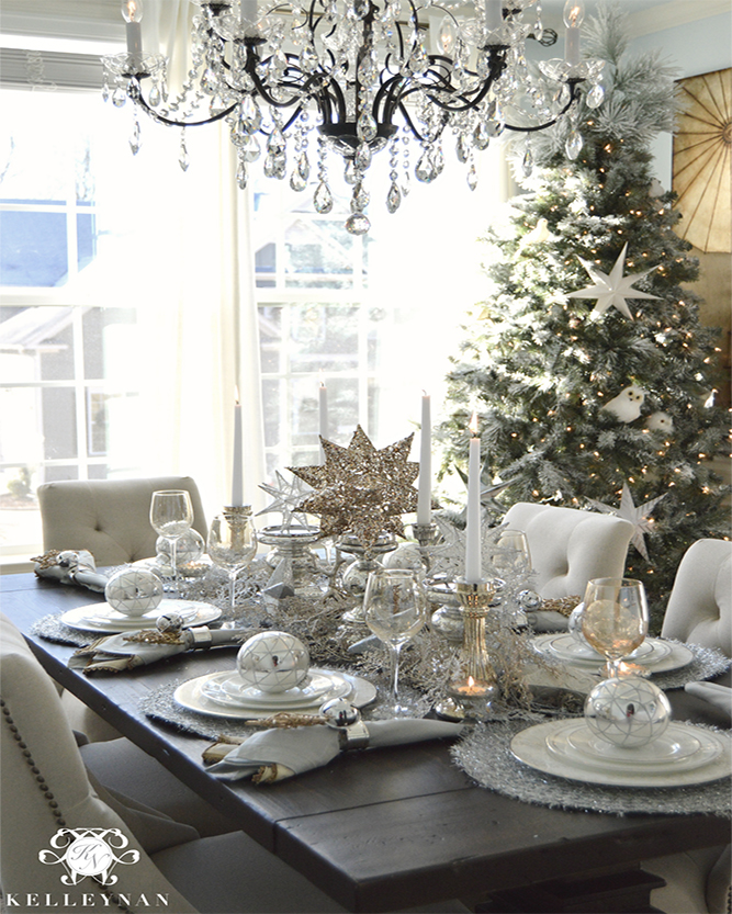 Juleborddekorationsglitter og glamourstil
