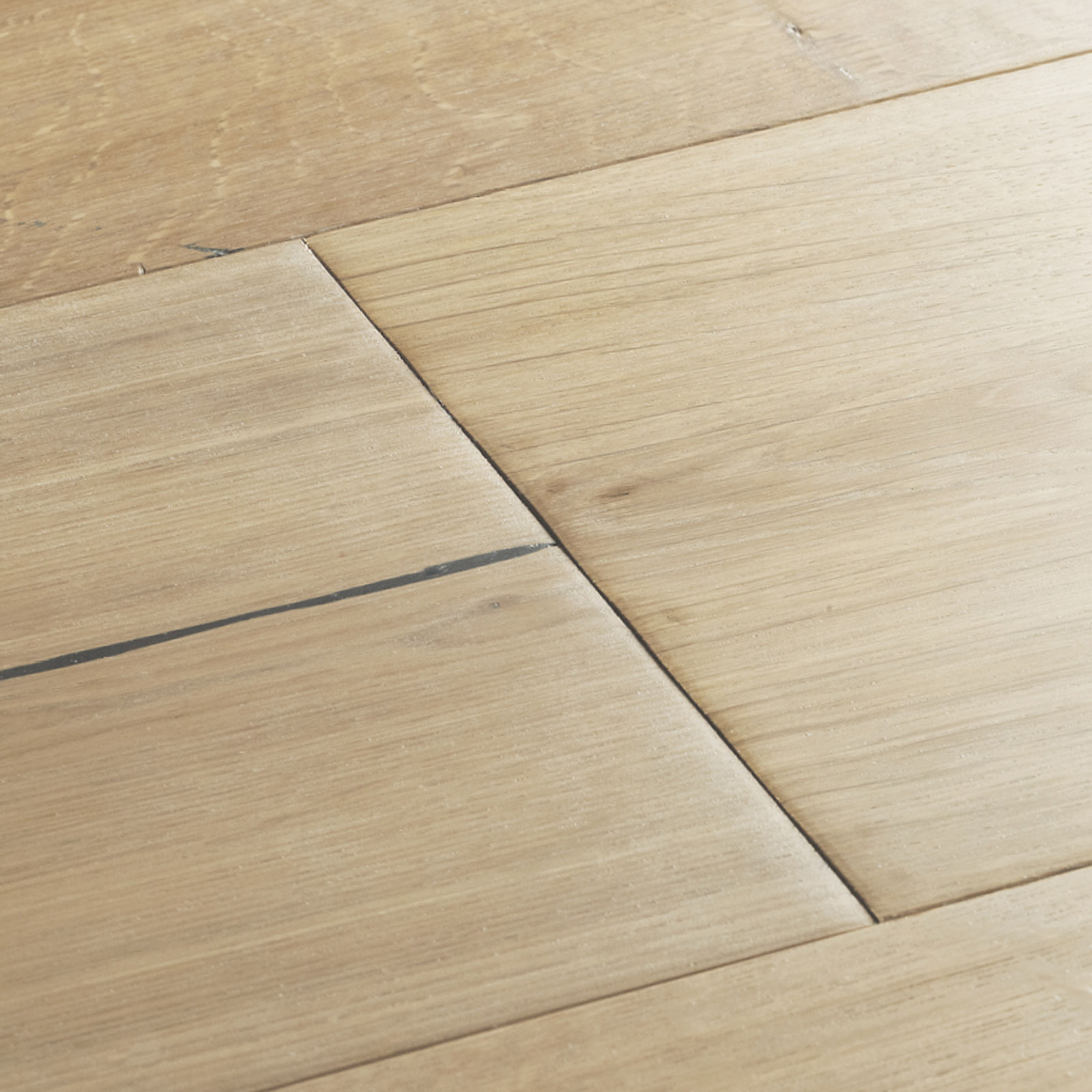 swatch-cropped-berkeley-montana-oak-1600.jpg