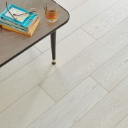 product-engineered-wood-salcombe-chalked-detail2.jpg
