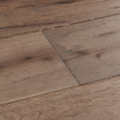 Chepstow-Calico-Oak-swatch.jpg
