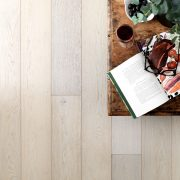 sandy oak flooring image