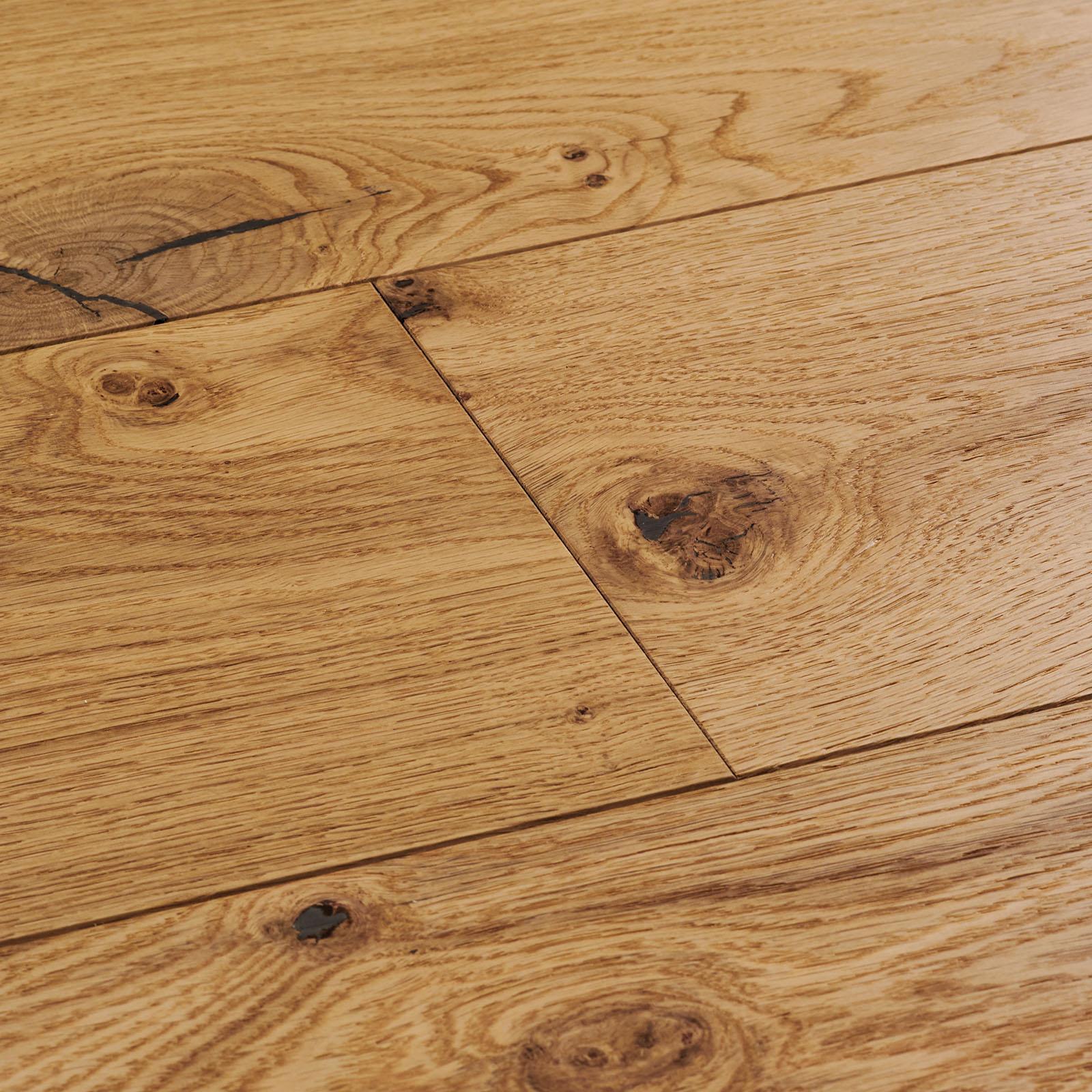 Engineered hardwood floor. Salcombe natural oak