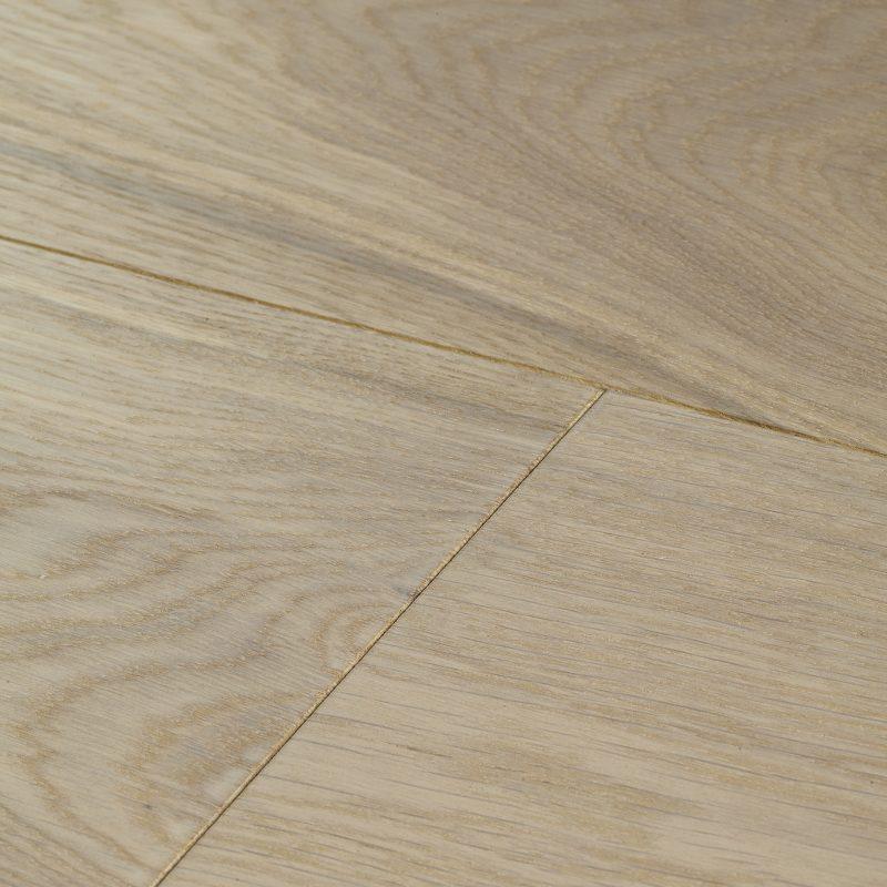 Engineered hardwood floor in white tones. Harlech white oiled oak