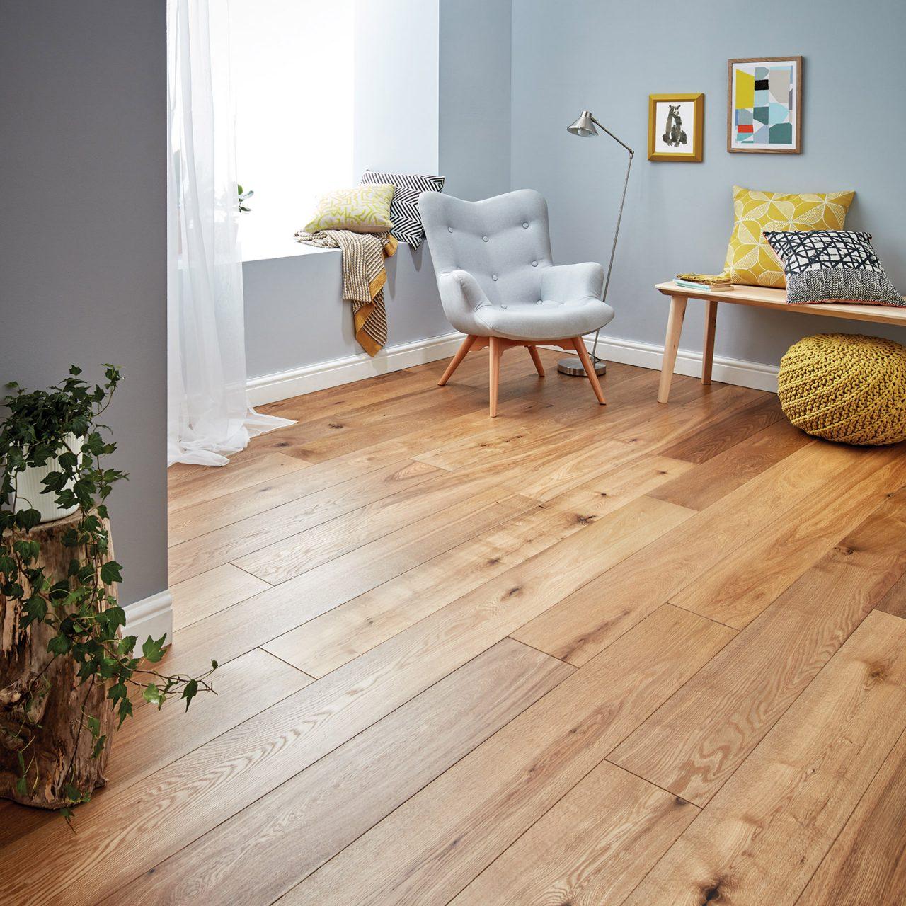 Engineered wood flooring harlech smoked Oak